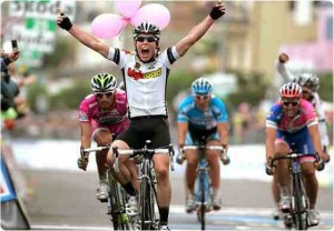 Cavendish Scores 2nd Win at Giro