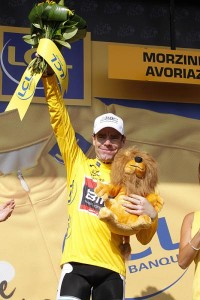 EVANS TAKES YELLOW JERSEY IN TOUR DE FRANCE!